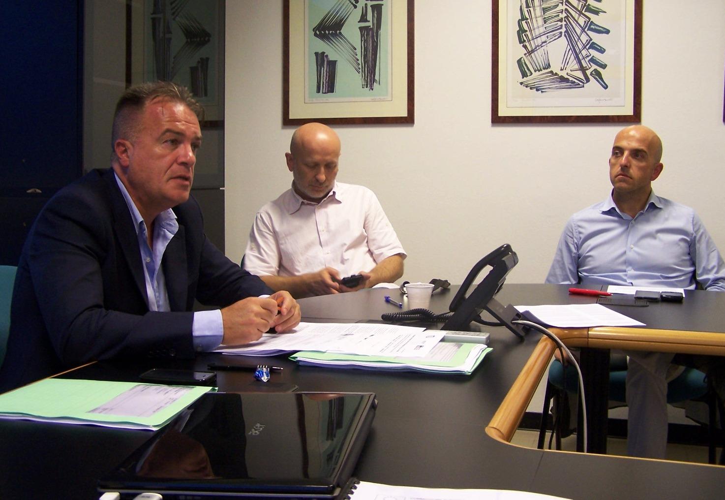 Ufficio presidenza cna balneatori comitato balneari liguria for Ufficio presidenza